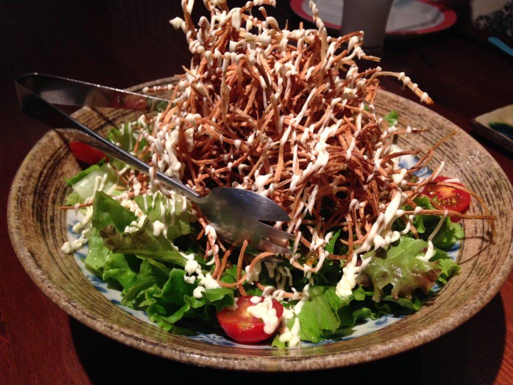 パリパリ牛蒡のタワーサラダ