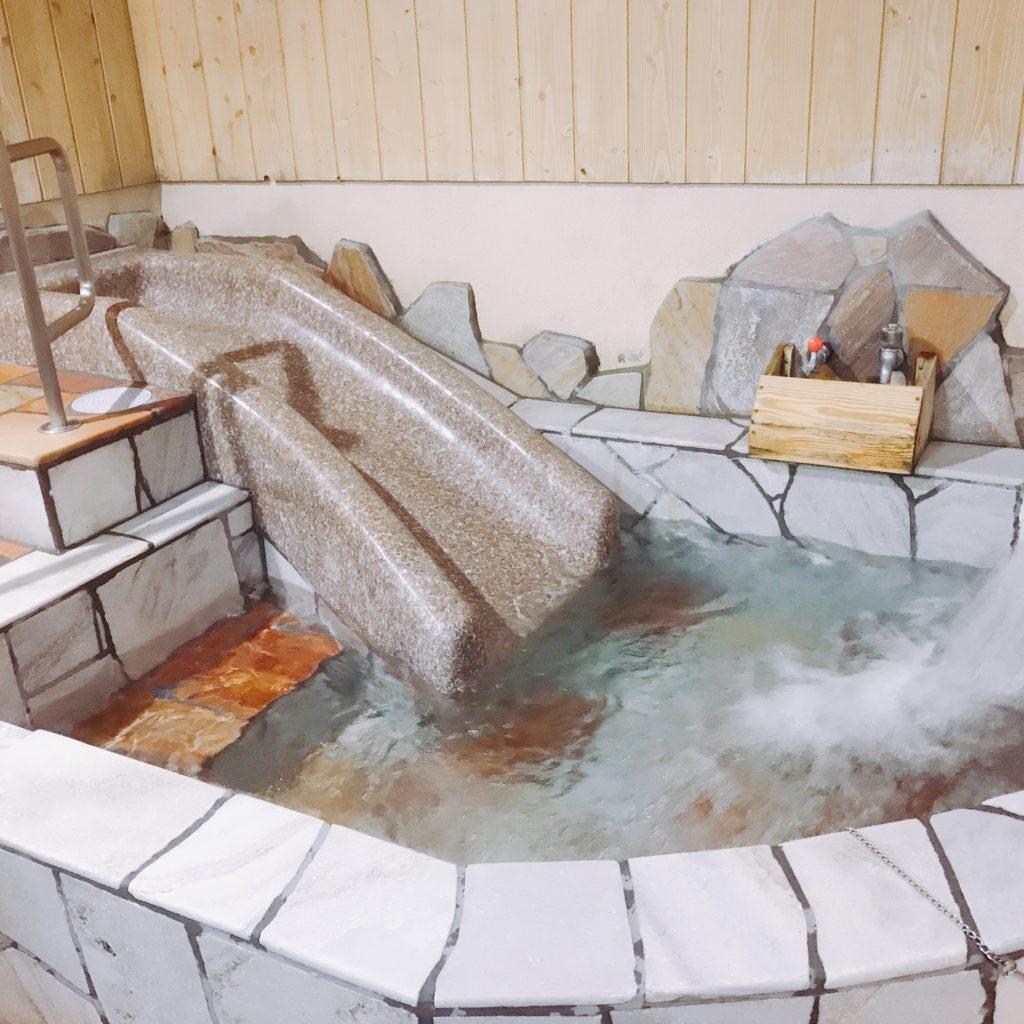 すべり台つきのお風呂